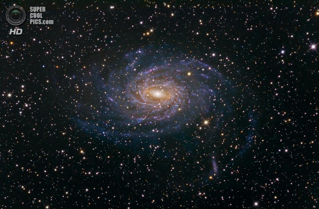 Галактика NGC 6744. (Martin Pugh)
