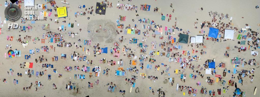 На пляже. (Cris Benton)