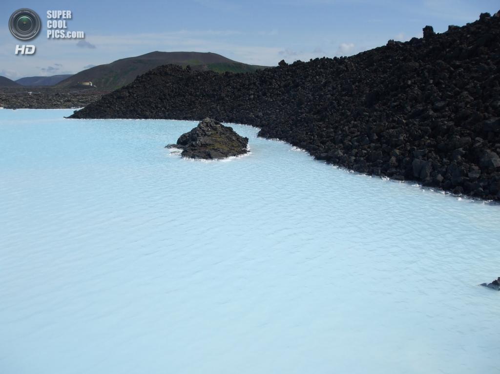 Исландия. Гриндавик, Рейкъянес. Геотермальный курорт «Голубая лагуна». (Marcio Decio)