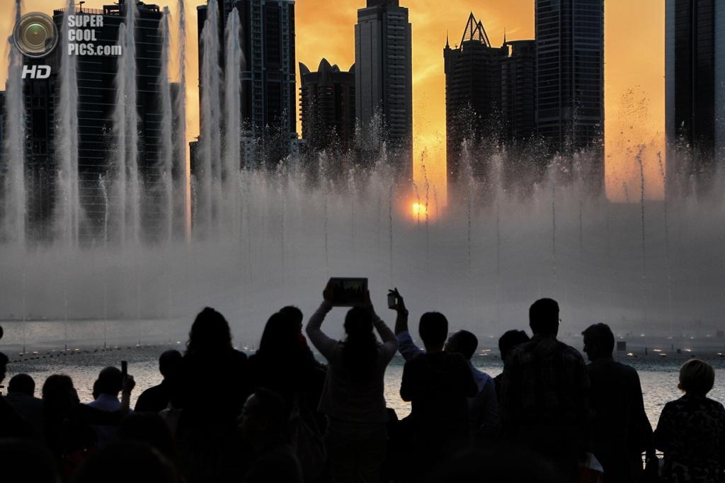 Объединенные Арабские Эмираты. Дубай. Музыкальный фонтан «Дубай». (Ayman Okba)