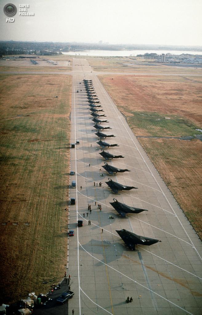37-я эскадрилья тактических истребителей. (PD-USGOV)