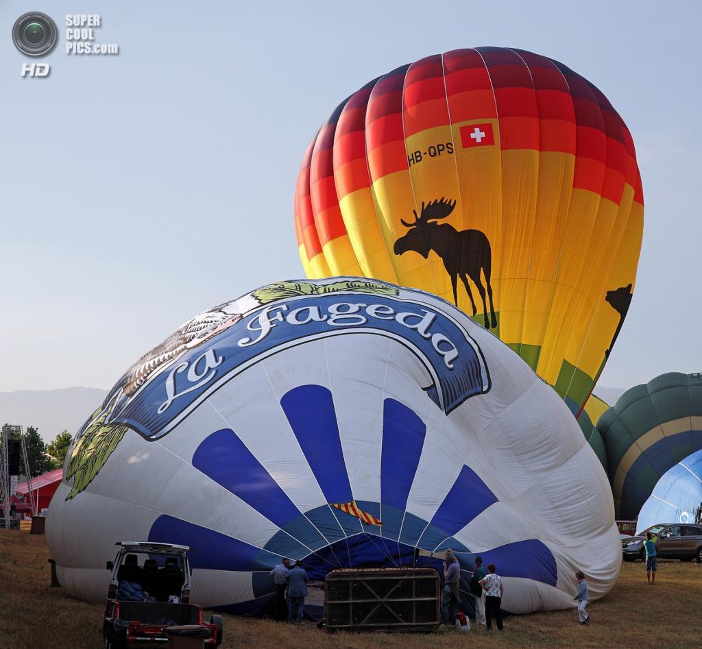 Испания. Игуалада, Каталония. Европейский фестиваль воздушных шаров. (Manel Chillón)