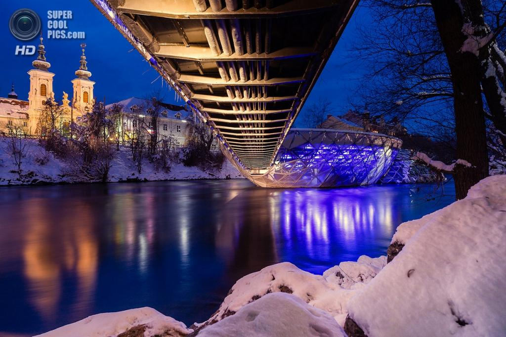 Австрия. Грац, Штирия. Мост «Murinsel». (Markus Jöbstl)