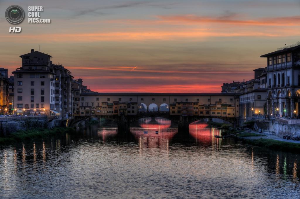 Италия. Флоренция, Тоскана. Мост Понте-Веккьо. (1982Chris911)