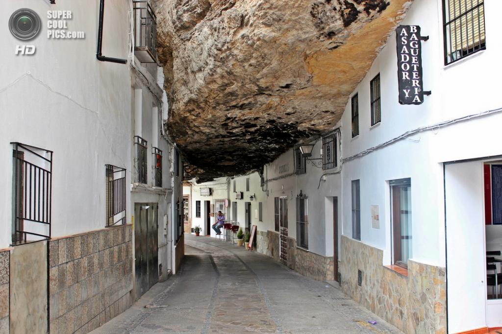 Испания. Сетениль-де-лас-Бодегас, Андалусия. (Rosi-4)