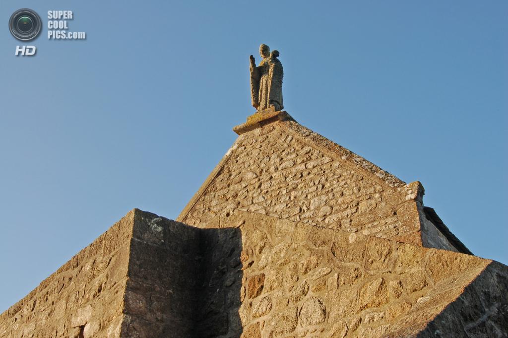 Франция. Манш, Нормандия. Остров-крепость Мон-Сен-Мишель. (Gerard FERON)