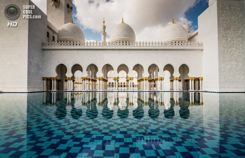 Объединённые Арабские Эмираты. Абу-Даби. Мечеть шейха Зайда. (Andrew Xu)