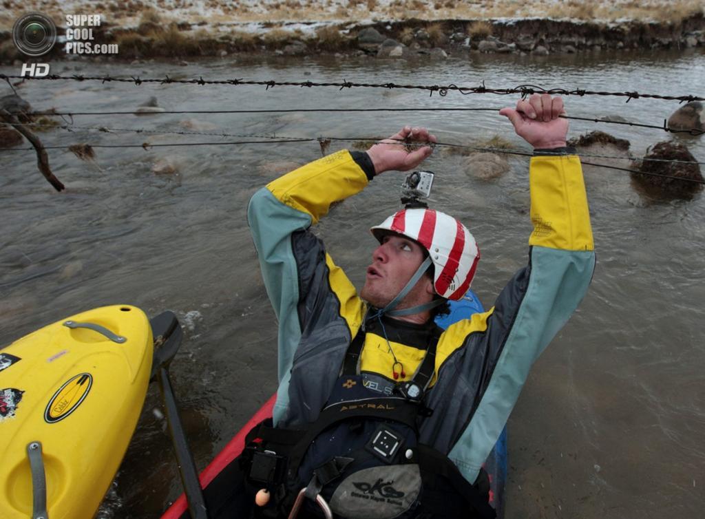Перу. Альпамарка, Паско. 18 августа 2012 года. Во время экспедиции «Амазонский экспресс». (Erich Schlegel/ZUMA Press)