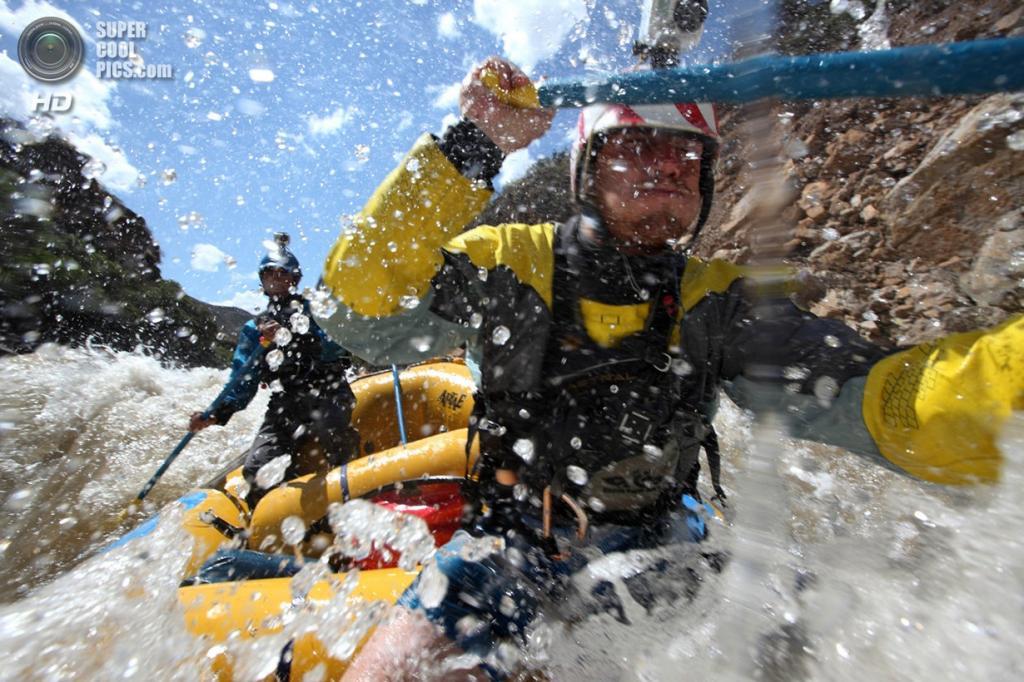 Перу. Хунин. 24 августа 2012 года. Во время экспедиции «Амазонский экспресс». (Erich Schlegel/ZUMA Press)