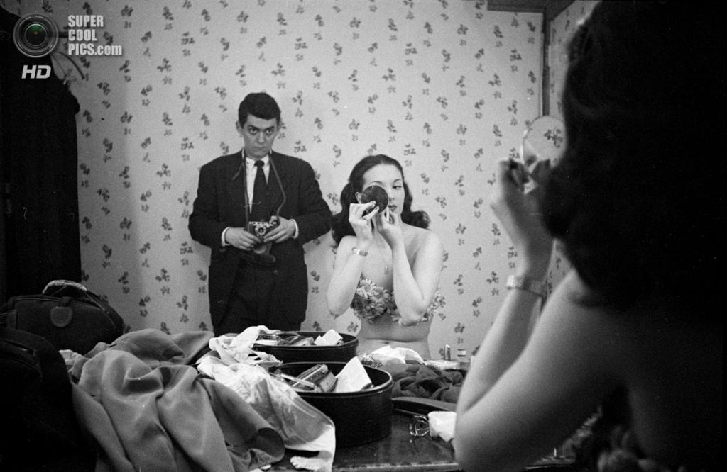 США. Нью-Йорк. 1948 год. Автопортрет с танцовщицей Розмари Уильямс. (V&M/Look/Stanley Kubrick)
