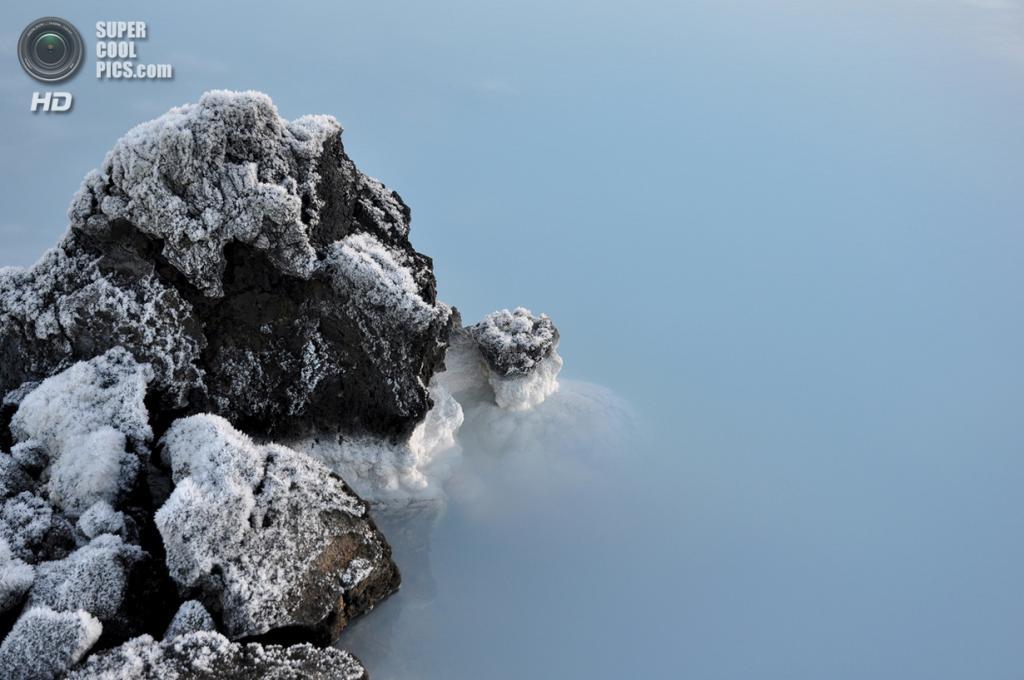 Исландия. Гриндавик, Рейкъянес. Геотермальный курорт «Голубая лагуна». (j roesmann)