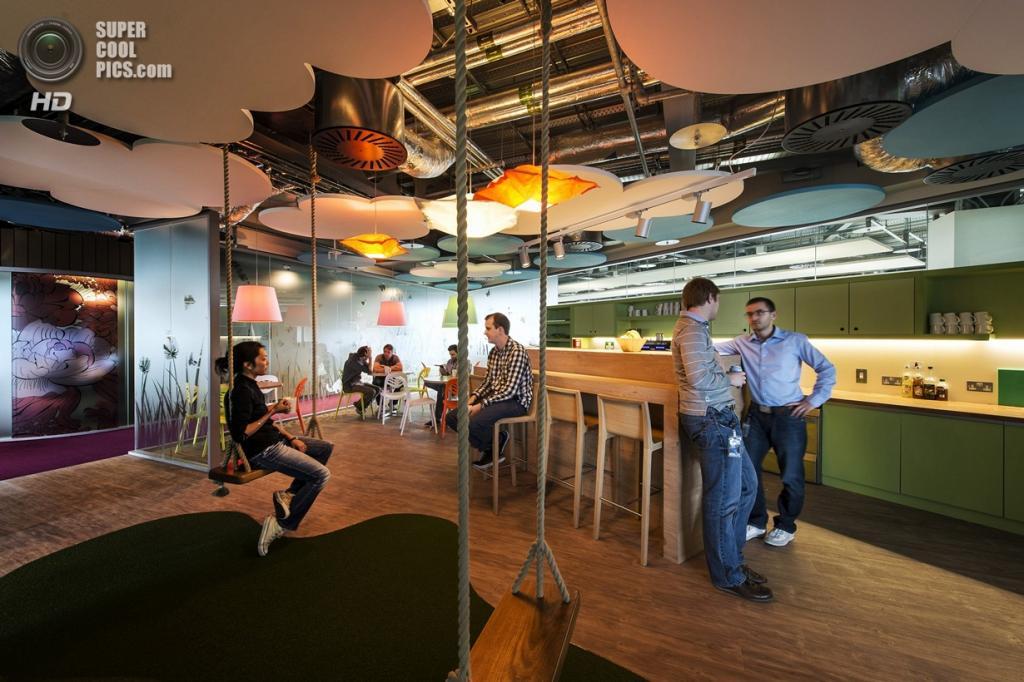Ирландия. Дублин. Офис компании Google. (Peter Wurmli)