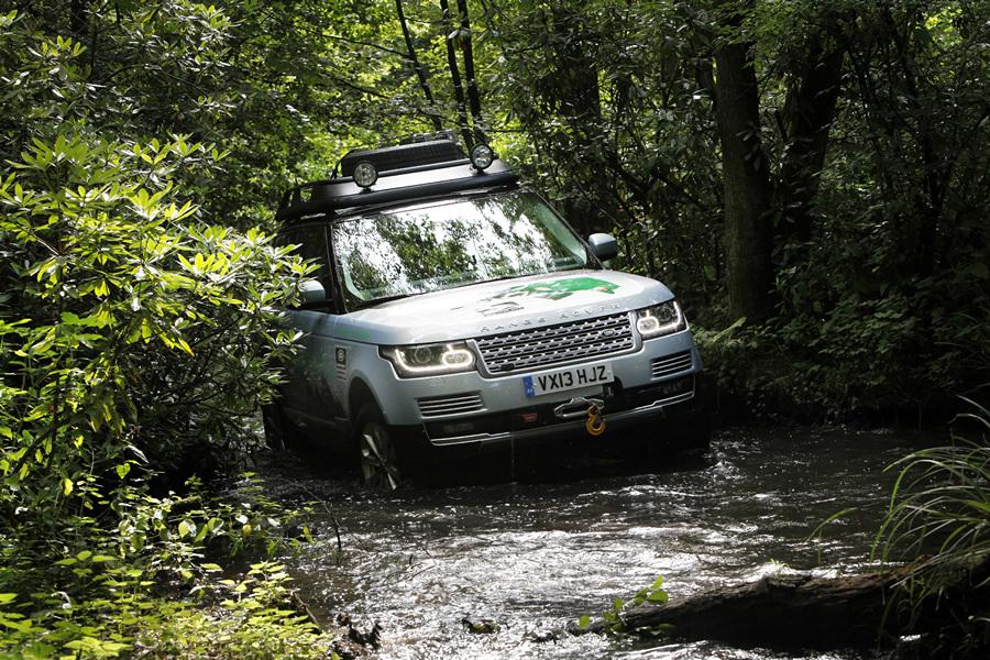 Range Rover пополнил ряды «гибридов» (12 фото)