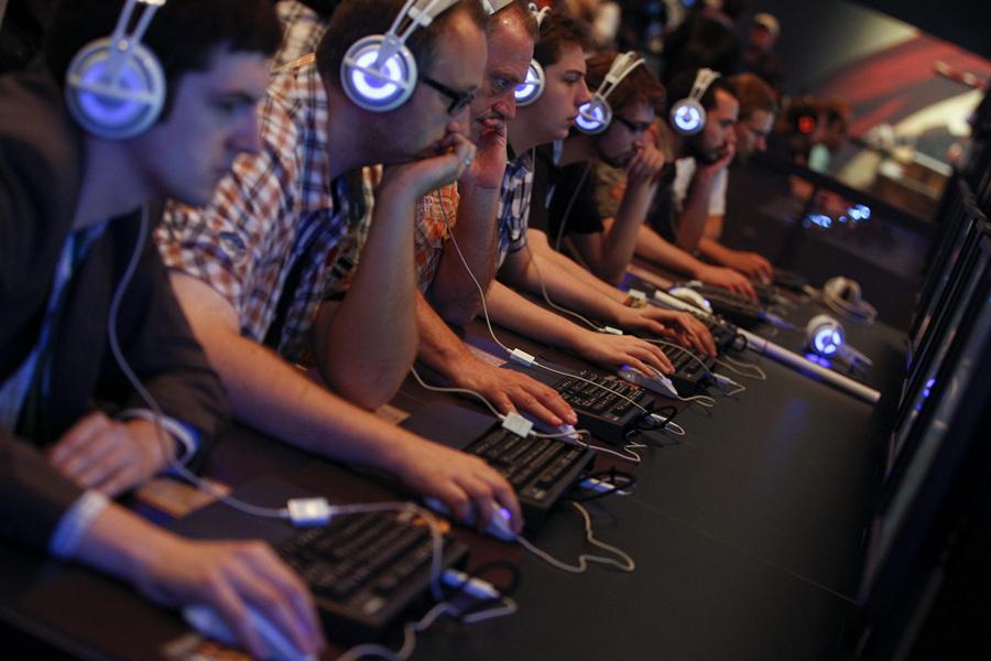 Геймерское раздолье Gamescom 2013 (18 фото + HD-видео)