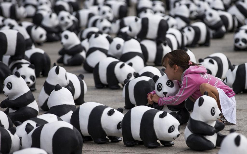 Нашествие панд на Берлин (5 фото)