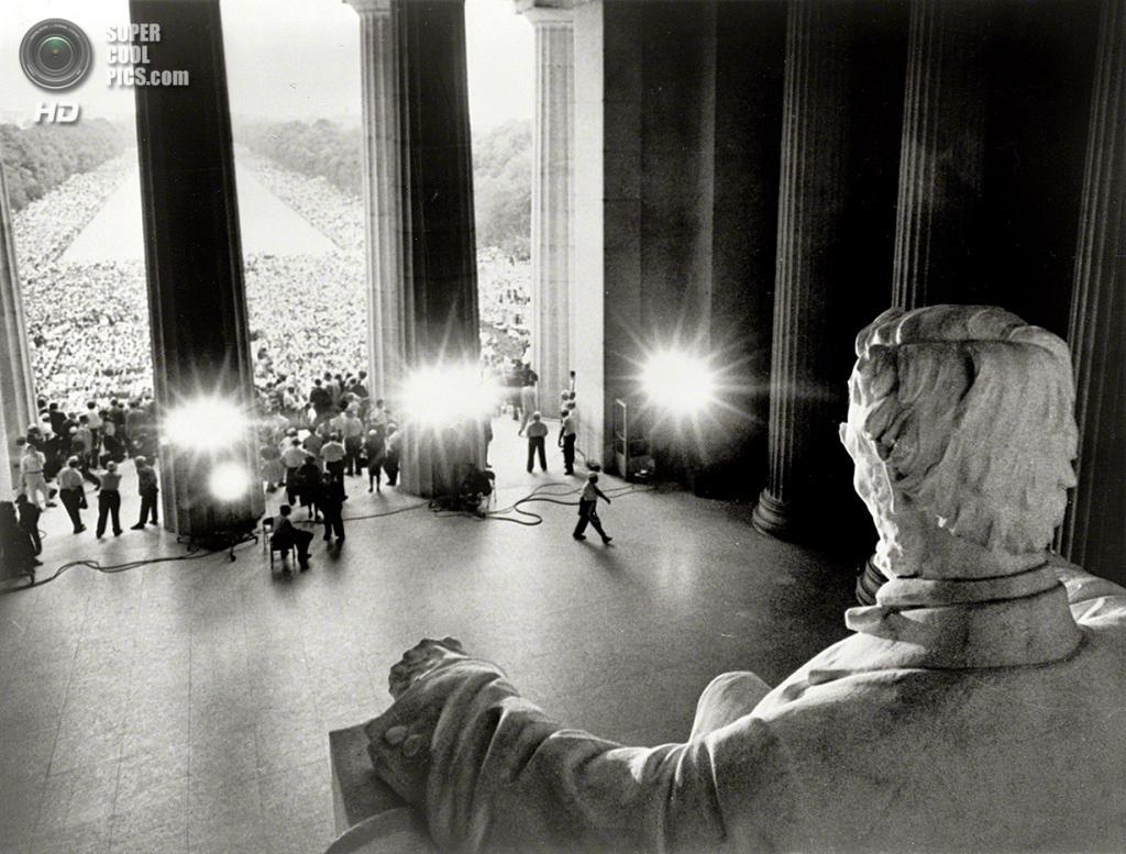 США. Вашингтон. 28 августа 1963 года. Мемориал Линкольна во время «Марша на Вашингтон за труд и свободу». (Shorpy)