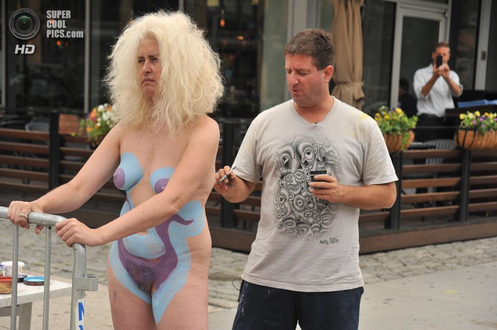 Совершено голое тело женщин 10 фотография