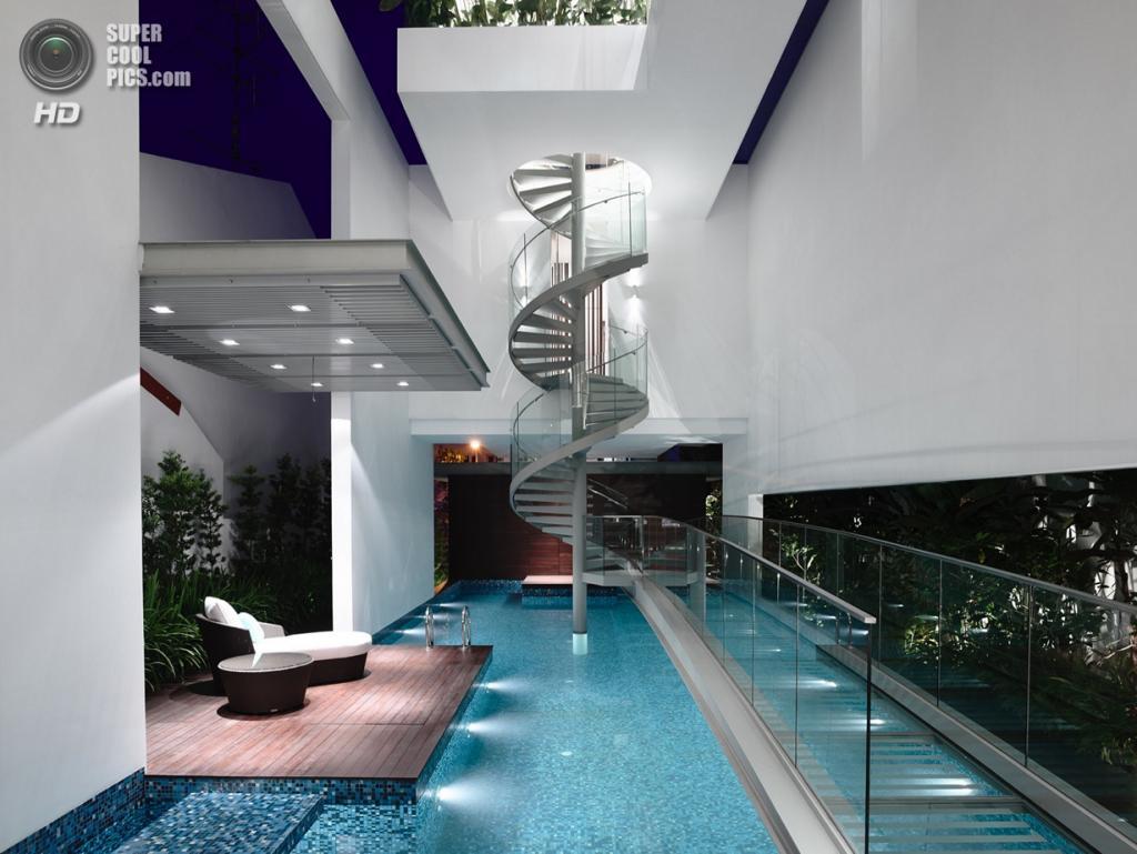 Сингапур. Особняк, спроектированный HYLA Architects. (Derek Swalwell)