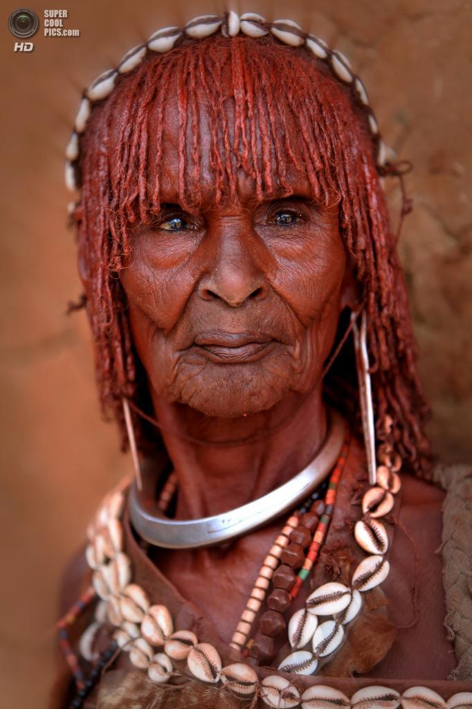 Эфиопия. Долина реки Омо. (Claude Gourlay)