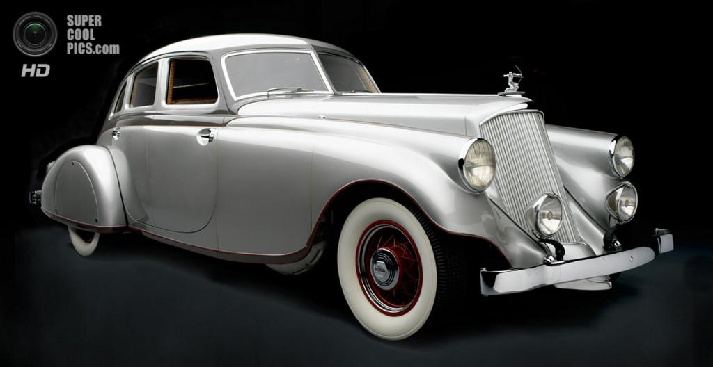 США. Нэшвилл, Теннесси. 18 августа. Pierce-Arrow Silver Arrow Sedan, 1933 г.в. (Peter Harholdt/Frist Center for the Visual Arts)