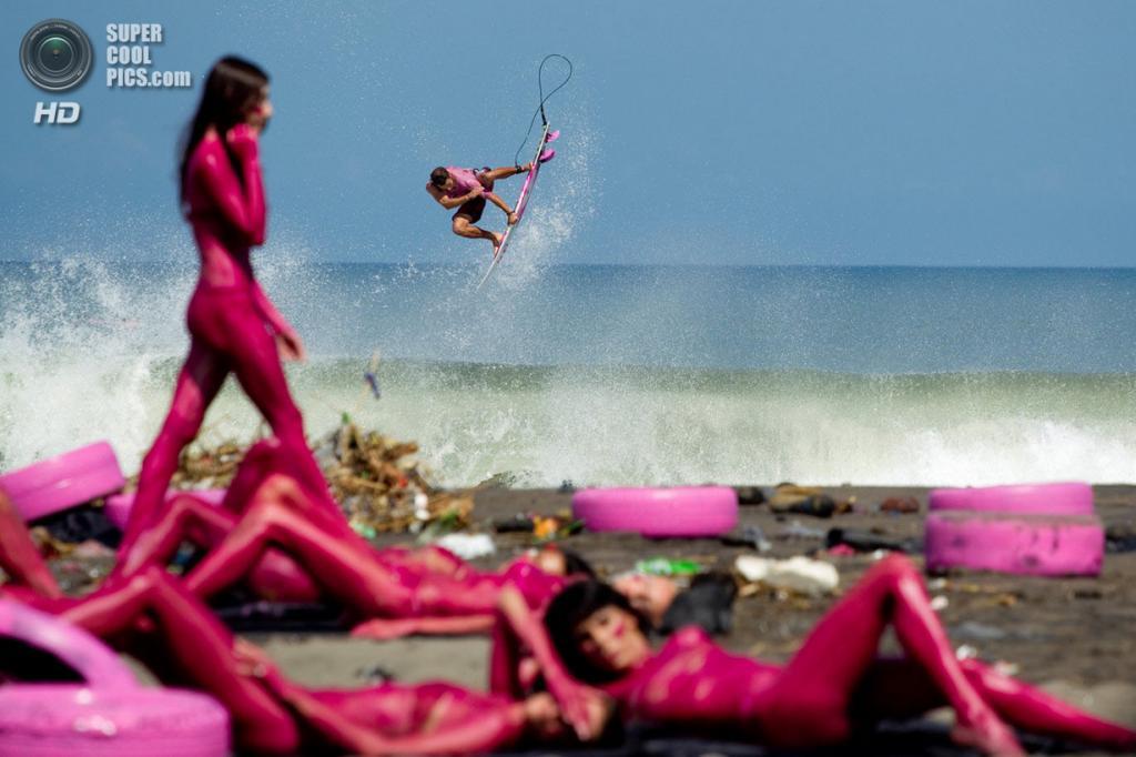 Атлет: Дион Эйджиус. Место: Бали, Индонезия. (Jason Reposar/Red Bull Illume)