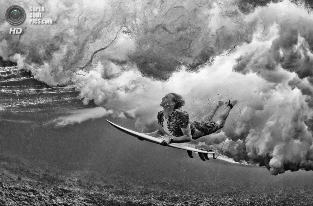Атлет: Райан Харгрейв. Место: Намоту, Фиджи. (Stuart Gibson/Red Bull Illume)