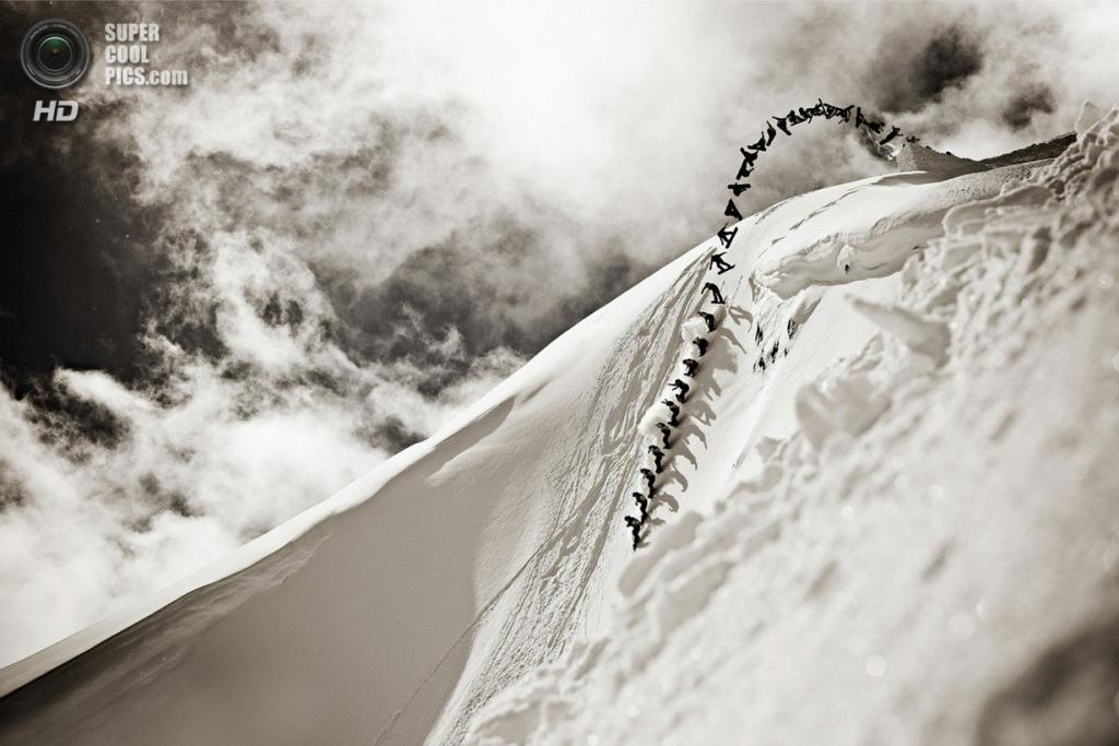 Атлет: Майки Ренч. Место: Уистлер, Британская Колумбия, Канада. (Jussi Grznar/Red Bull Illume)