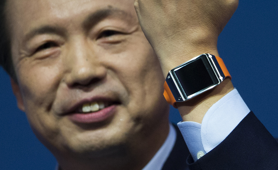 Samsung презентовала смартчасы Galaxy Gear (5 фото + HD-видео)