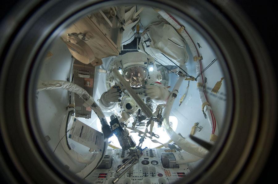 Хроника экспедиции МКС-36 (42 фото)