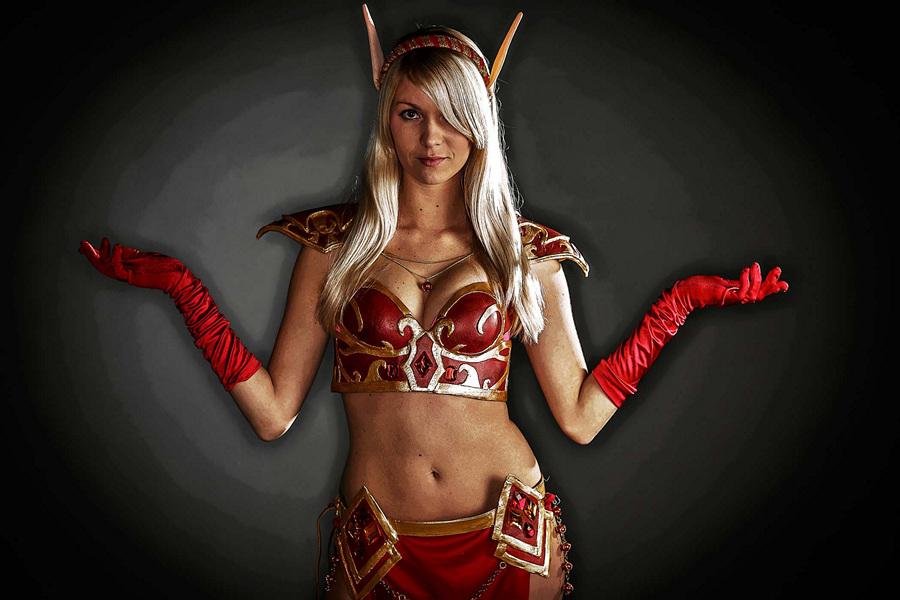 Хезер Пиверотто, 24 года, менеджер, в образе Эльфа крови из игры «World of Warcraft». (Thomas Cordy/The Palm Beach Post)