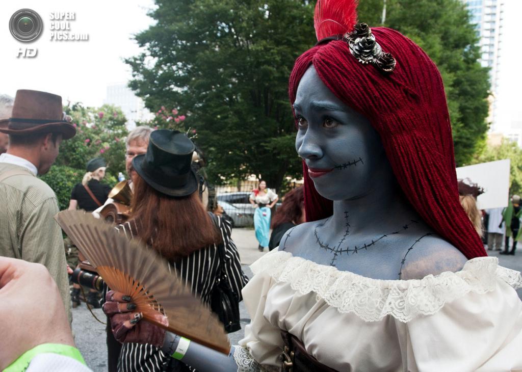 США. Атланта, Джорджия. 31 августа. Сорша Мастерс на ежегодном съезде фанатов научной фантастики и фэнтези Dragon Con. (AP Photo/Ron Harris)