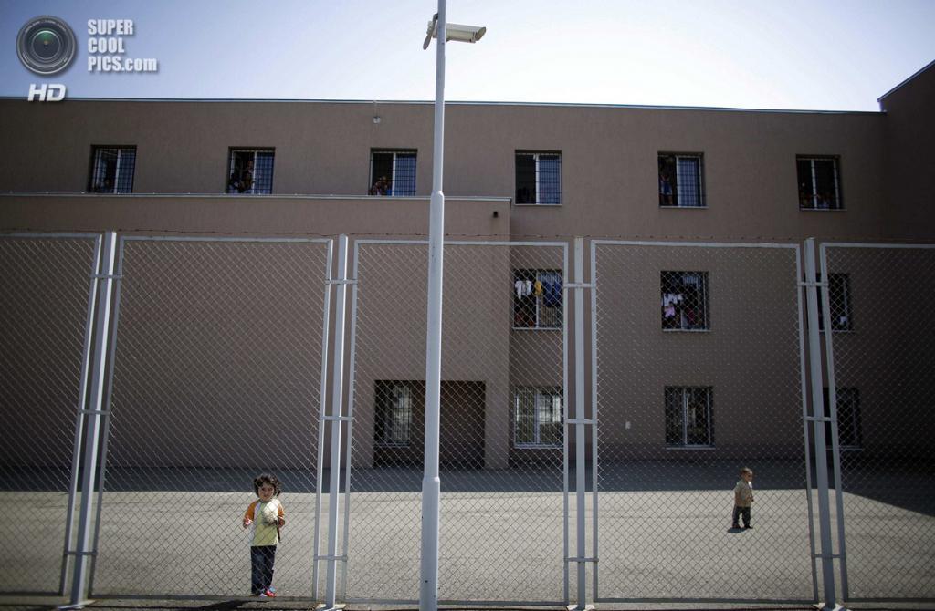 Турция. Сирийцы во временном Центре для приема граждан из других стран. (REUTERS/Stoyan Nenov)