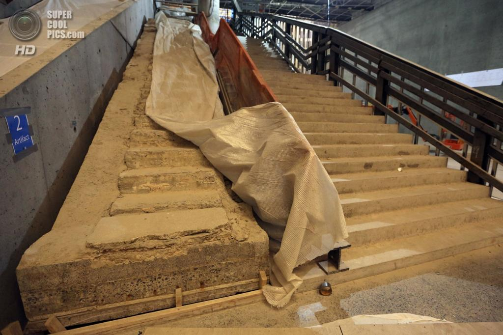 США. Нью-Йорк. 11 сентября. Артефакт из здания Всемирного торгового центра в Национальном мемориальном центре и музее 11 сентября. (Foto AP / Mary Altaffer)