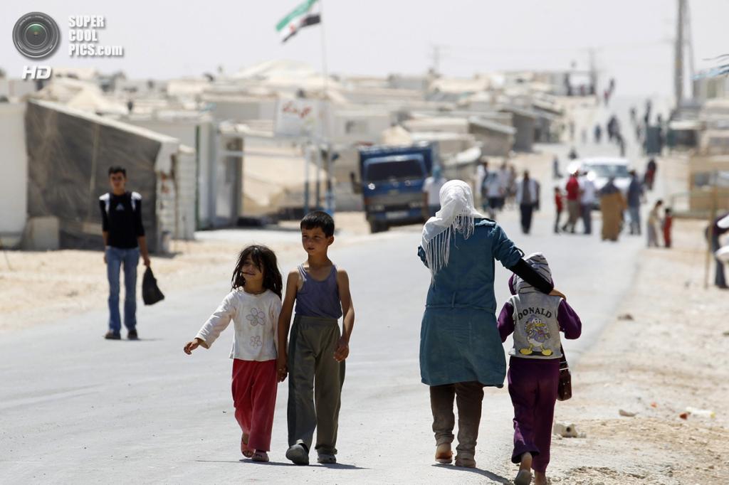 Иордания. Сирийцы в лагере для беженцев «Аль-Заатри». (REUTERS/Muhammad Hamed)