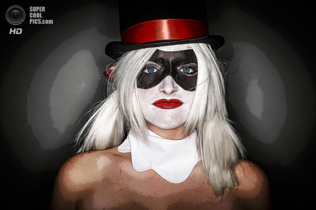 Кайли Уильямс, 24 года, нянька, в стимпанк-образе Харли Квинн из вселенной «Бэтмен». (Thomas Cordy/The Palm Beach Post)