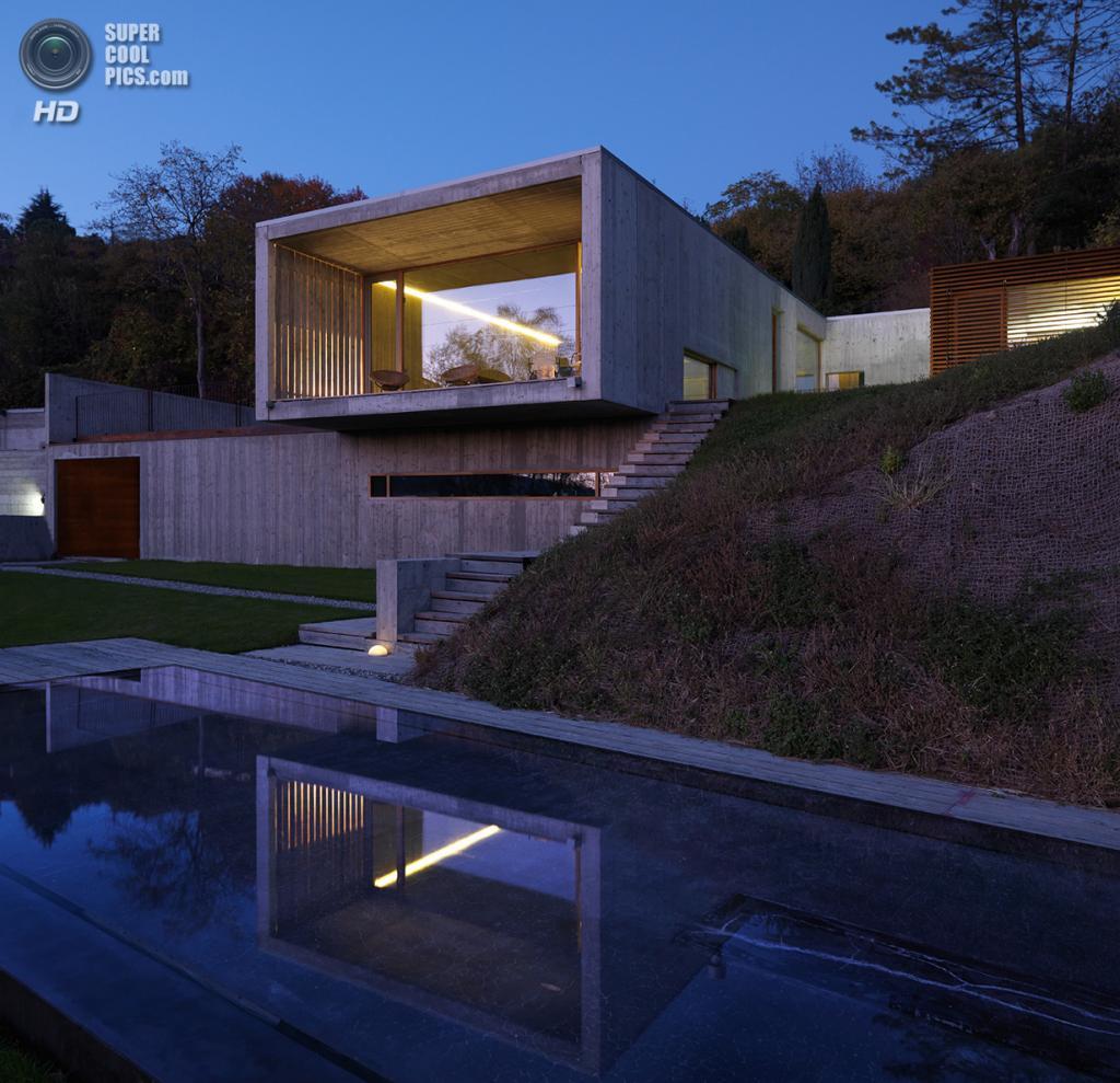 Италия. Турин. Частный дом Casa Y, спроектированный F:L Architetti. (Daniele Domenicali)