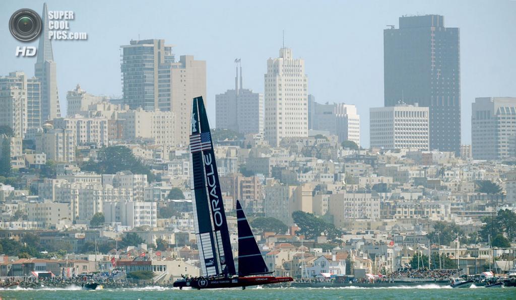 США. Сан-Франциско, Калифорния. 24 сентября. Кубок Америки 2013. (NOAH BERGER/AFP/Getty Images)