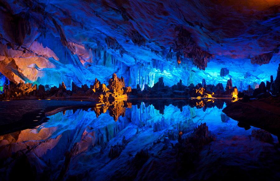 Пещера тростниковой флейты (13 фото + HD-видео)