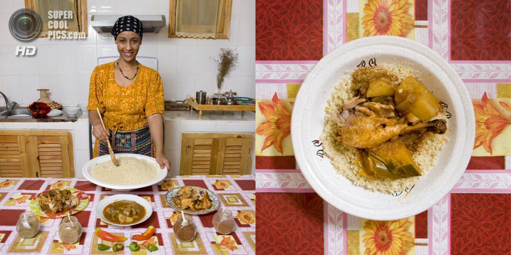Алжир. Тимимун. Блюдо: Кускус с курицей и овощами. (Gabriele Galimberti)