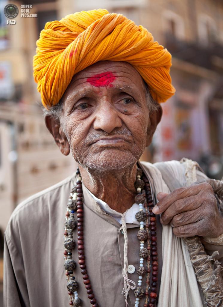 Индия. (jwoodford35)