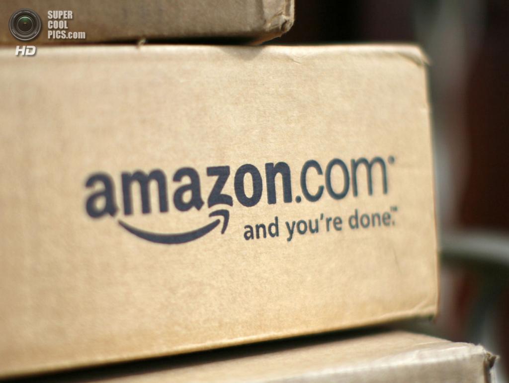 США. Голден, Колорадо. 23 июля 2008 года. Коробки на складе Amazon.com. (REUTERS/Tim Shaffer)
