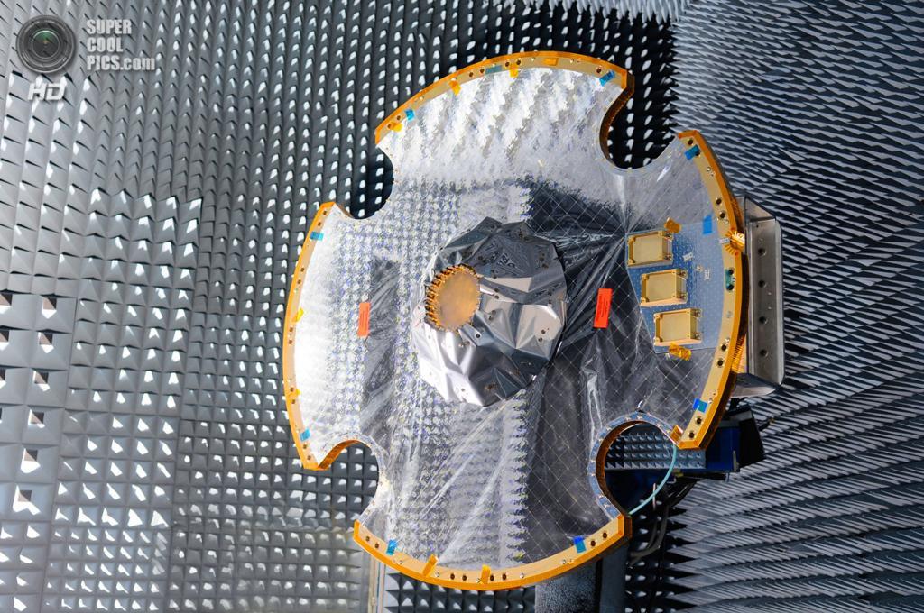 Испания. Мадрид. 20 марта 2012 года. Во время тестирования антенны космической обсерватории «Гея». (Astrium/A. Martin)