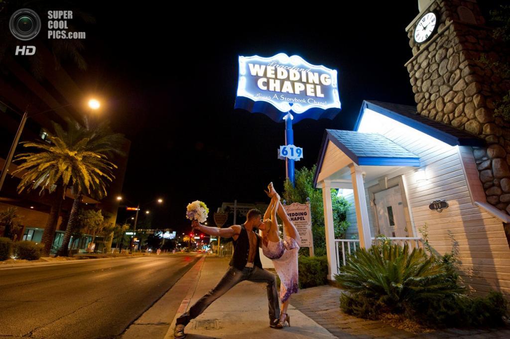 Джозеф Ривера и Шейла Бёрфорд. Лас-Вегас, Невада. (Jordan Matter)