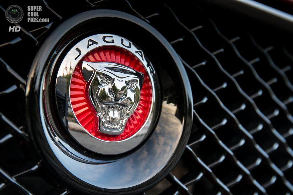 Jaguar XJR Long. (Jaguar Land Rover)