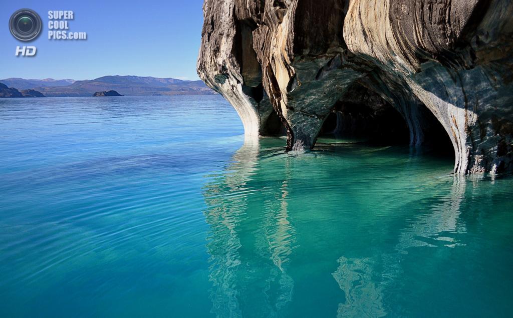 Чили. Хенераль-Каррера. Озеро Буэнос-Айрес. (Jorge Leon Cabello)