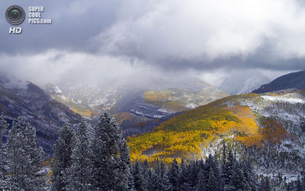 США. Вейл, Колорадо. 4 октября. Солнечная осиновая долина. (AP Photo/Vail Resorts, Andrew Taylor)