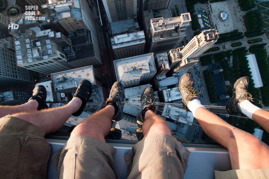 США. Чикаго, Иллинойс. Небоскрёб Legacy Tower. (Bradley Garrett)
