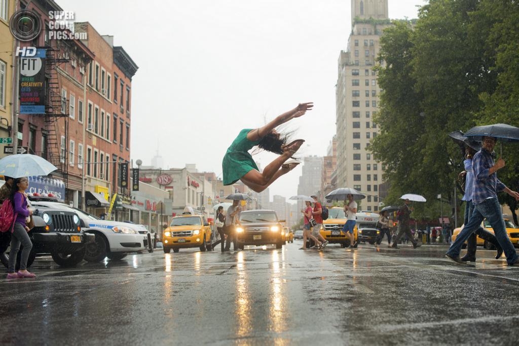 Танцы под дождём. (Jordan Matter)