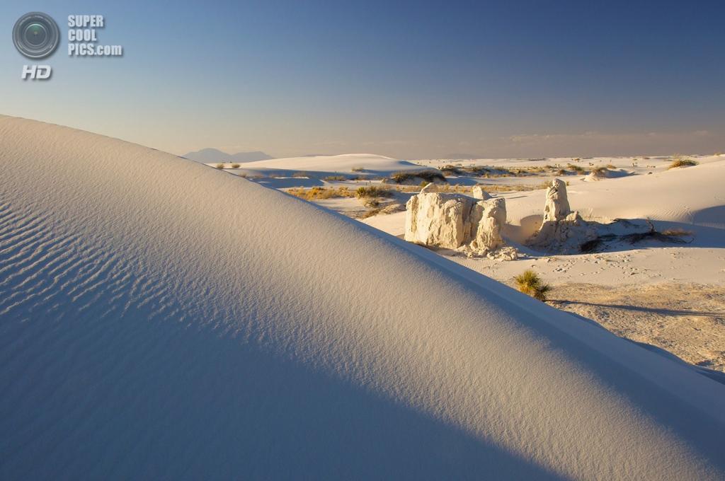 США. Нью-Мексико. Государственный заповедник Белые пески. (Anne-Claude Faillétaz)