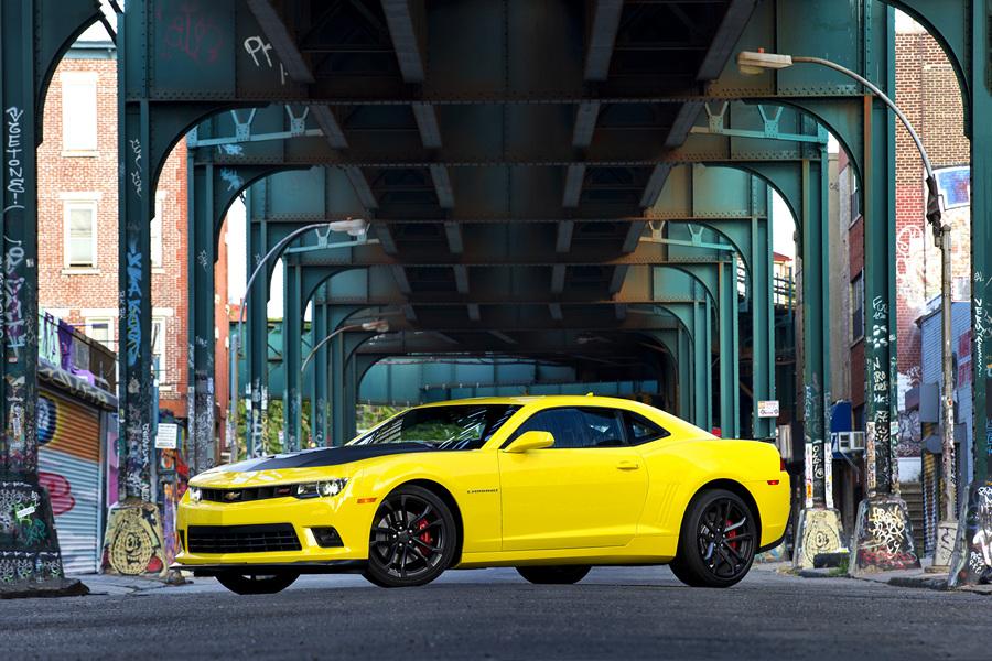 Жёлтый силач: Chevrolet Camaro 1LE (14 фото + HD-видео)